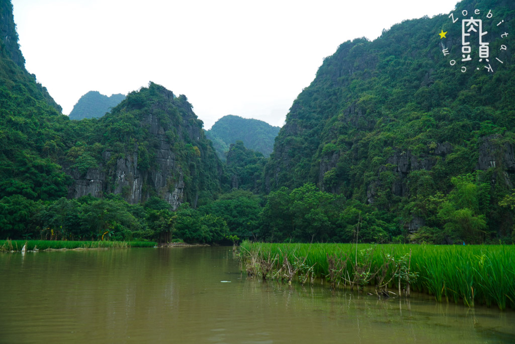 tam coc attraction river 2